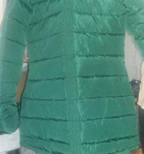 Продаю куртку зима осень.