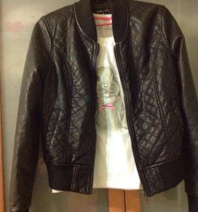 Курточка из ЭКО кожи