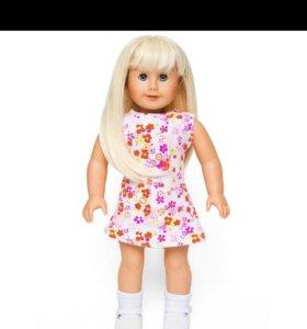 Новая красивая виниловая кукла