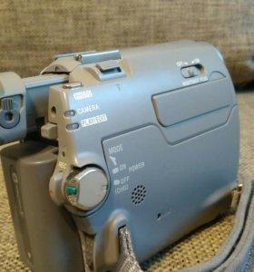 Видиокамера Sony DCR-HC18E