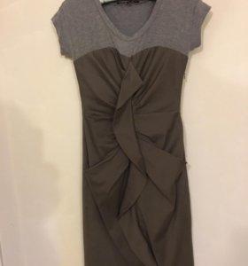 Оригинальное платье. Италия. 42-44₽