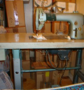 Швейная машина 22кл. Промышленная