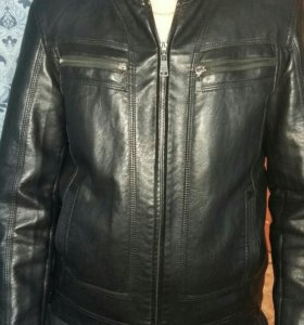 Продам куртку кожанную размер 50