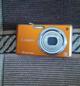Цифравой Фотоаппарат LUMIX