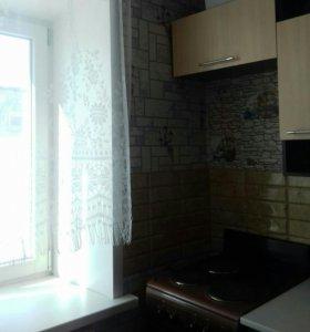 Продам квартиру 2-комнатную жд район
