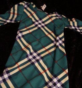Платье с карманами новое