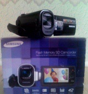 Видео-камера