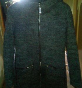 Пальто осеннее 42-44 размера