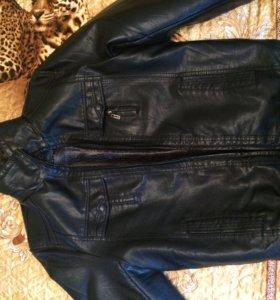 мужская новая кожанная куртка