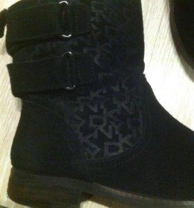 Ботинки DKNY демисезонные б/у