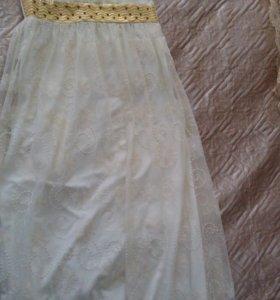 Платье вечернее продаю