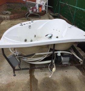 Ванная бу Радомир 168x168 с гидромассажем
