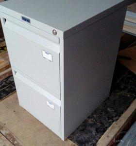 Шкаф металлический картотечный.