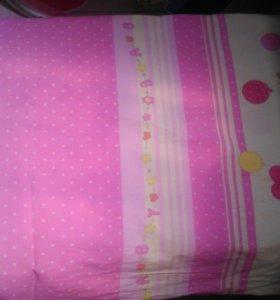 Постельное в детскую кроватку б/у
