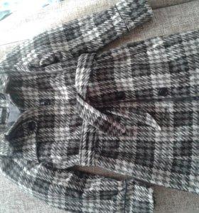 Пальто для девочки 7-8л