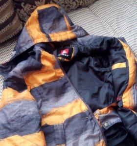 Детская куртка размер 34