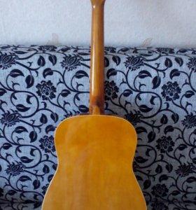 Акустическая гитара Colombo
