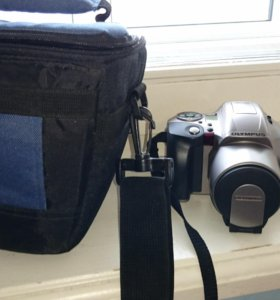 Пленочная зеркальная фотокамера Olympus IS