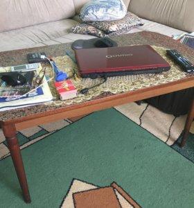 Стол и тумба