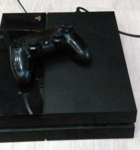 Playstation 4 500 GB с играми в хорошем состоянит