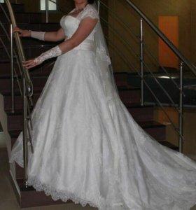 Свадебное платье р.42-44-46