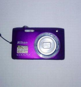 Фотоаппарат Nikon coolpixs2800.