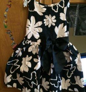 Платье фирмы Next