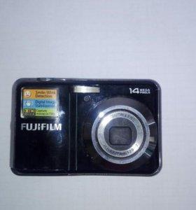 Фотоаппарат Fujjfilm av230.
