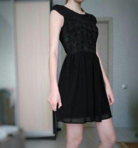 """Чёрное платье """"O'stin"""""""