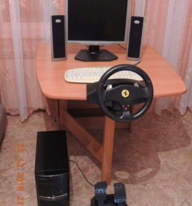 Монитор, колонки, клавиатура, руль с педалями