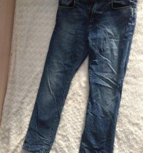 Мужские джинсы Calvin Klein.