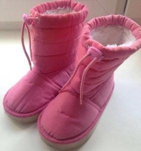 Сапожки на весну для девочки
