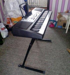 Синтезатор Tesler KB 6140