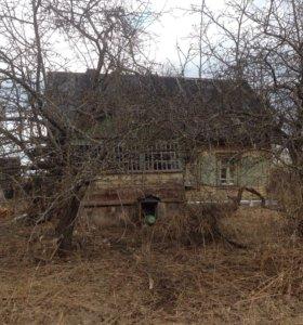 Продается дом с земельным участком 20 соток