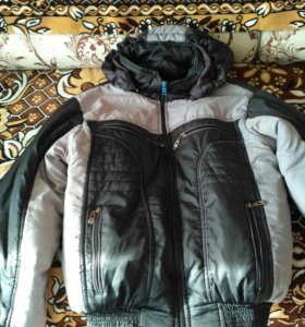 Куртка весна осень 42 размер.