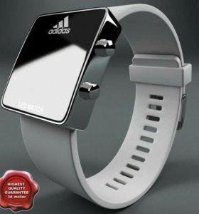Часы Adidas Led Watch с белым браслетом