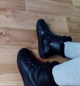 Ботинки, женские