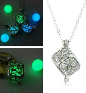 Ожерелье светящийся камень