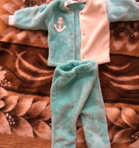 Детская одежда от 4 месяцев до года