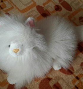 Большая пушистая кошечка (мягкая игрушка)