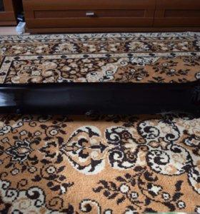 Дефлектор капота на RAV 4