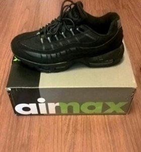Кроссовки Nike Airmax95