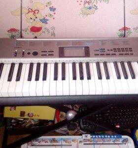 Синтезатор СТК-1300 с подставкой