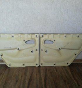 Обивки задних дверей на ВАЗ2114