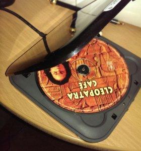 Dvd внешний дисковод с Usb кабелем.