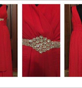 Платье красное новое без бирки