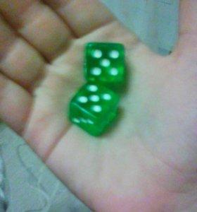 Игрушечные кубики.