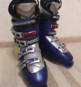 """Горнолыжные ботинки """"Salomon"""" 27.0"""