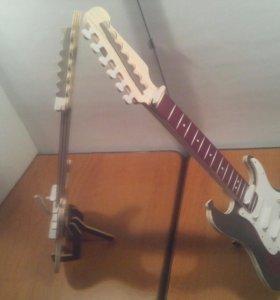 Гитара на подставке