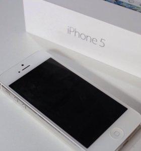 Продаю iphone5 серебряного цвета